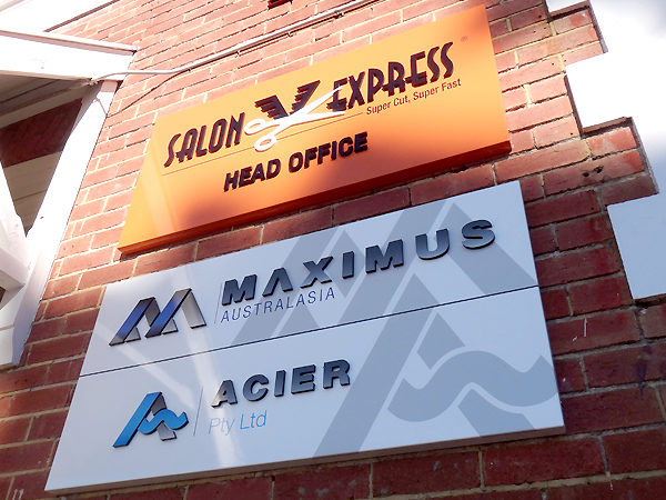 Salon Express office signs