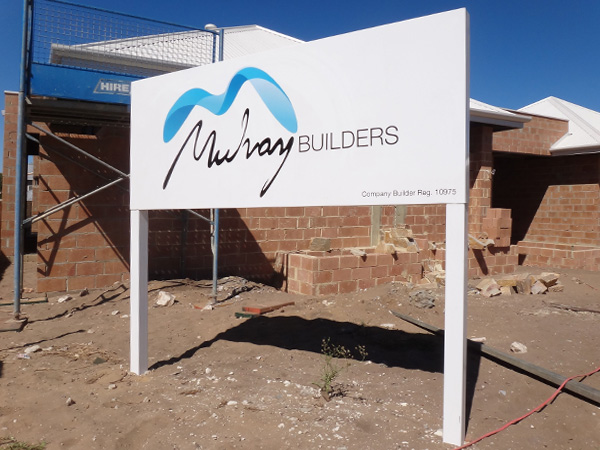 Mulvay Builders post and panel jobsite sign
